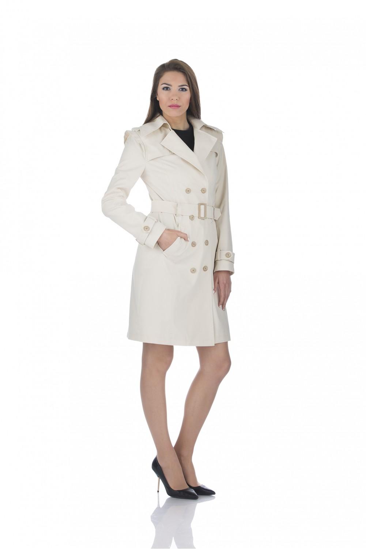 Water repellent trench coat in ecru