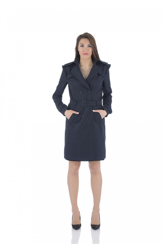 Water repellent trench coat in dark blue