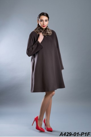 Mid-length wool coat with rabbit collar