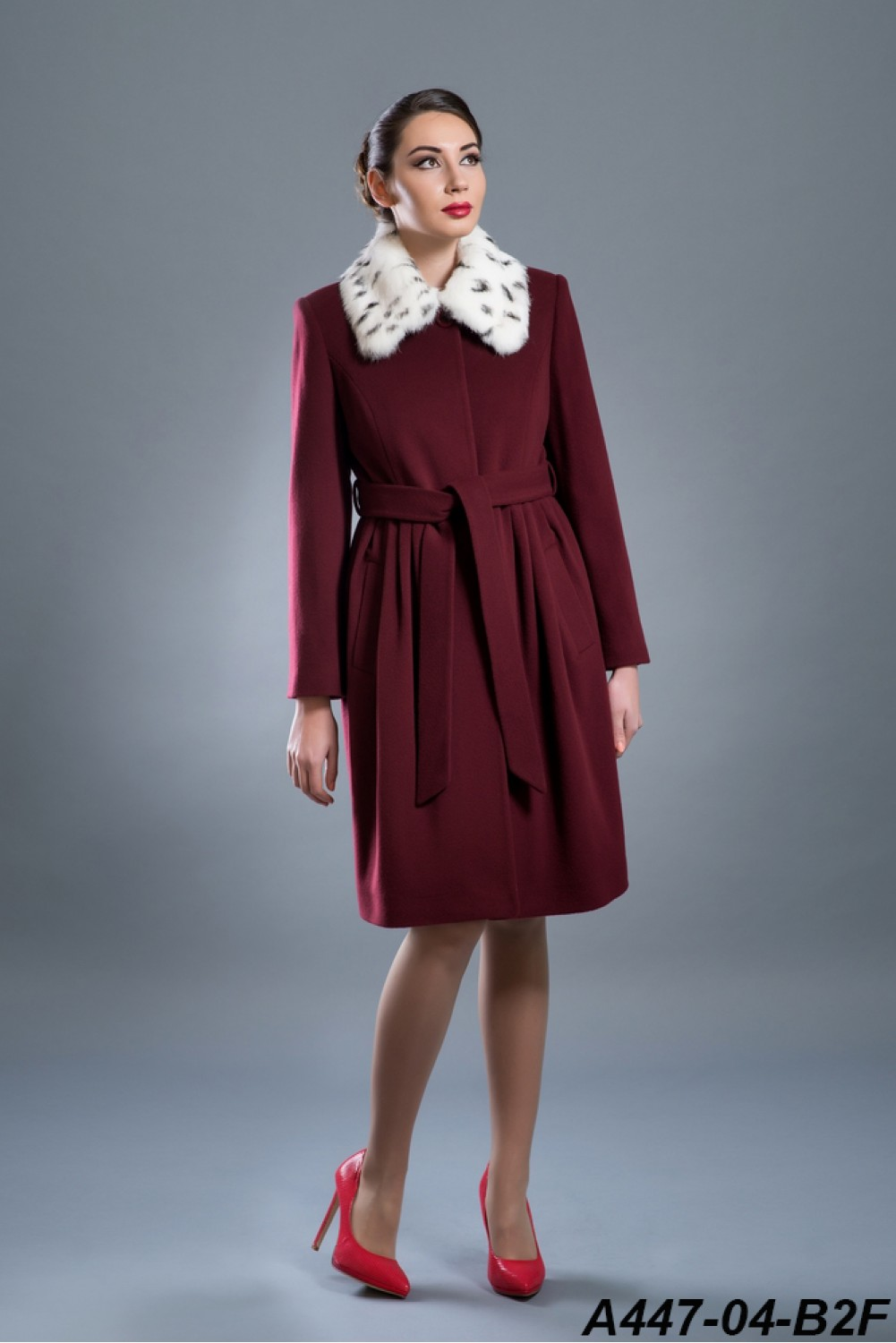 Wool coat with rabbit collar and belt