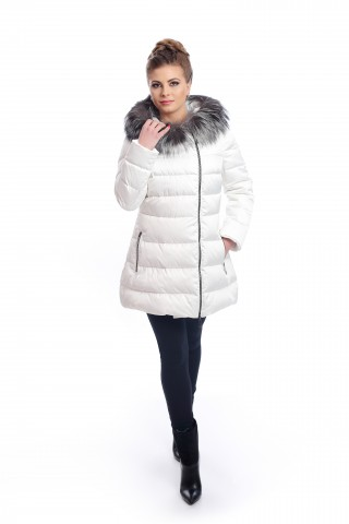 Short, white, down jacket with fox fur on the hood