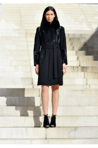 Black coat with pony