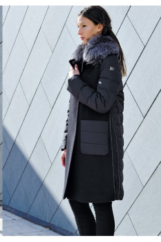 Wool coat with goose down and fox collar