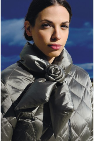 Down filled jacket with big collar