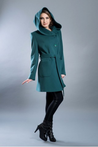 Pure fine wool coat with hood